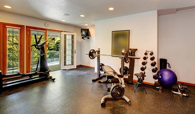 Home gym with Adjustable dumbbells