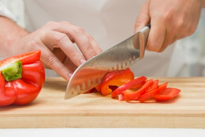 how to pick the best kitchen knife