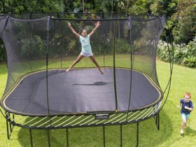 How to Assemble Your Trampoline in a Few Easy Steps