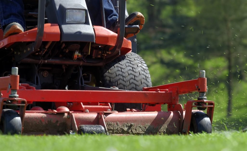 Different Sizes And Types Of Lawnmower