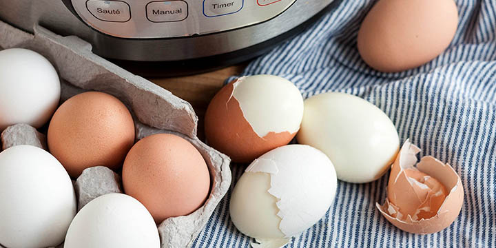 how to use egg maker