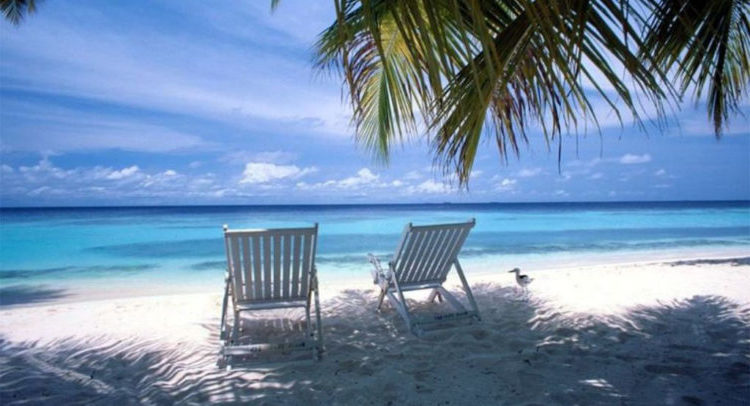beach-folding-camping-chairs