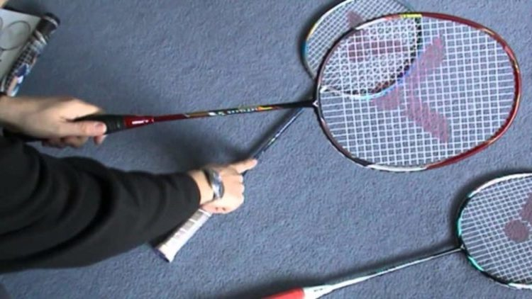 Buying Guide for Best Badminton Rackets