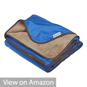Lightspeed Outdoors XL Windproof Picnic Blanket