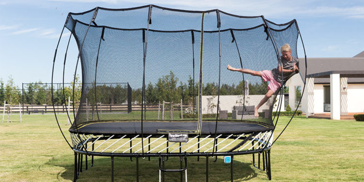 Trampoline Safety While on the Trampoline