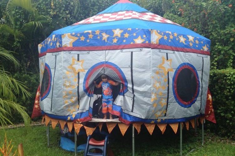 Trampoline tents