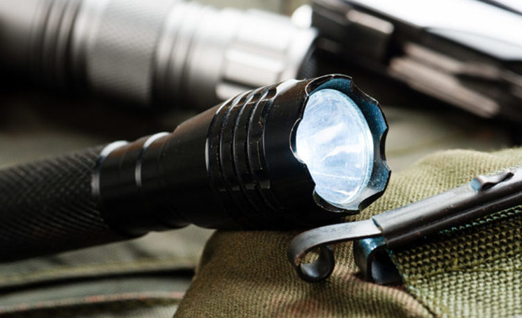 Features to Look for in a Tactical Flashlight