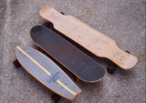 What to Choose: Cruiser, Skateboard or Longboard?